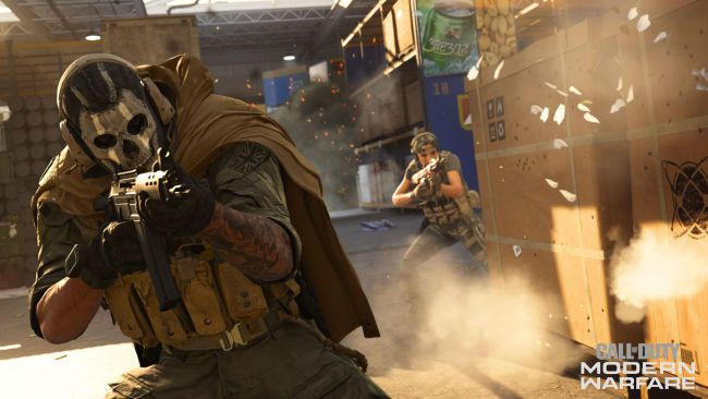 Zu viert in Call of Duty: Warzone abspringen